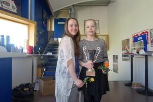 Novice: Klubbmester Inger og 2. plass Karin